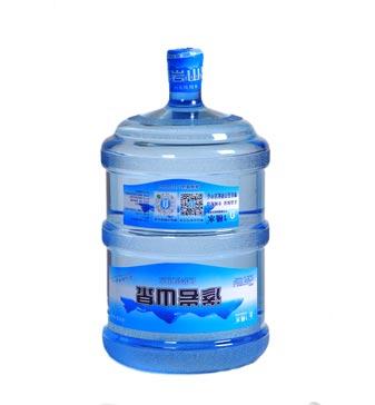渗岩山泉 饮用天然水桶装18.9L